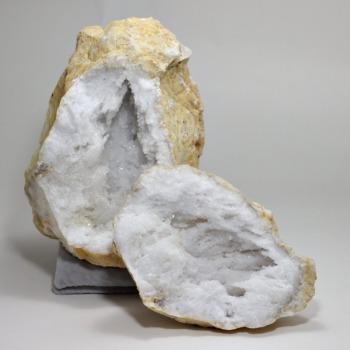 [モロッコ産]ジオード水晶/ペア原石