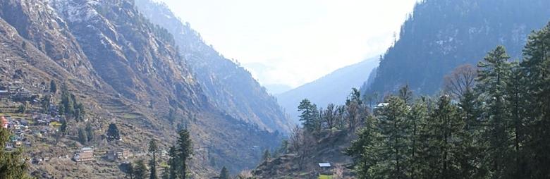 インドマニカラン、パールバティ渓谷の風景写真