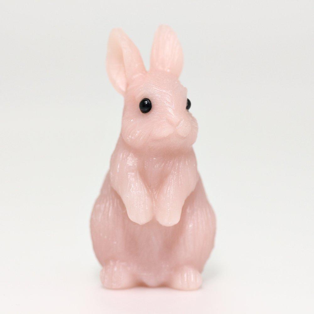 [高品質]ピンクタルク彫刻うさぎ(置物)