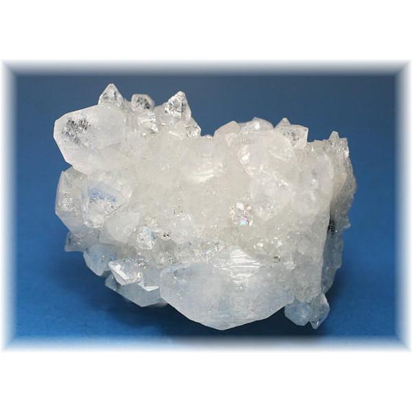 インド産アポフィライト結晶石(APOPHYLITE-812IS)