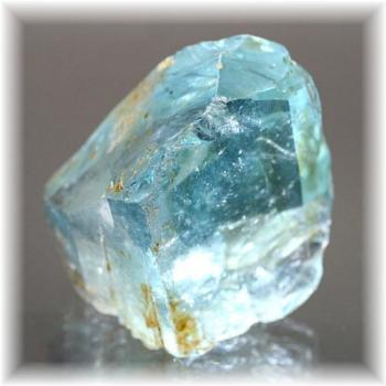 ブラジル産最高品質天然ブルートパーズ 結晶(BLUTOPAZ-CRYSTAL1215IS)
