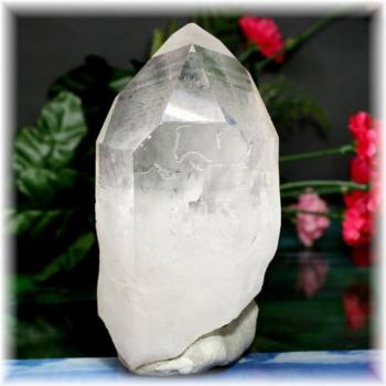 ブラジル産天然水晶ポイント(CLYSTAL-RP736IS)
