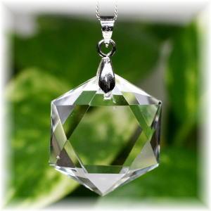天然石水晶ヘキサゴンペンダント(CRYSTAL-HEX104)