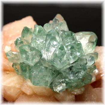 インド産 高品質フラワー・グリーンアポフィライト結晶石[FGAC-202IS](Flowers-GreenApophylite202IS)