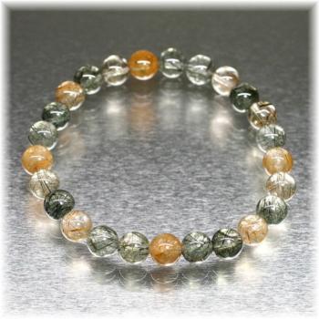 [ガネッシュヒマール産]角閃石入りヒマラヤ水晶 約7ミリ玉ブレスレット(GAHB-AMPE0703)