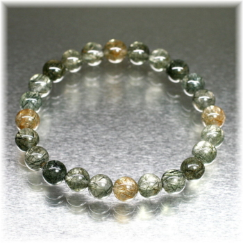 [ガネッシュヒマール産]角閃石入りヒマラヤ水晶約8ミリ玉ブレスレット(GAHB-AMPE0801)