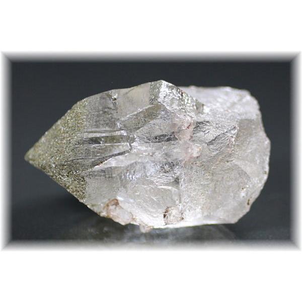 ガネッシュヒマール産ヒマラヤ水晶ナチュラルポイント(GANESCLYSTAL207IS)