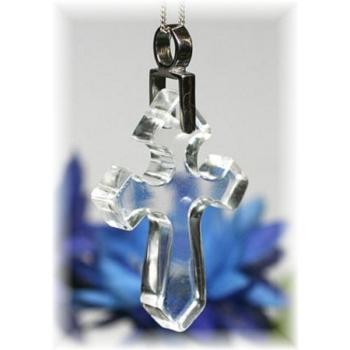 ガネッシュヒマール産ヒマラヤ水晶 十字架ペンダント(GANESH-CROSSPT179)