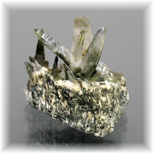 ガネッシュヒマール産ヒマラヤ水晶ミニクラスター(GANESH-MINI204)