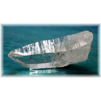ヒマラヤ水晶 角閃石インクルージョン ナチュラルポイント(GANEZA-AMPHIBOLE04)