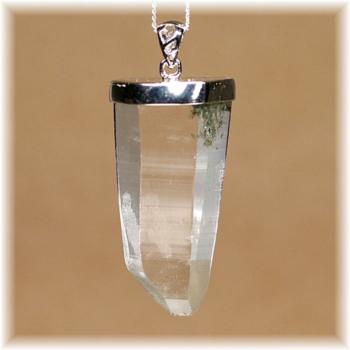 ガネッシュヒマール産ヒマラヤ水晶 スーパーナチュラル ペンダント(GANEZA-SUPEARNUTURAL710IS)