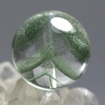 [最高品質]ブラジル産 グリーンファントムクォーツ 粒販売[直径16.6㎜](GRPH-T-03IS)