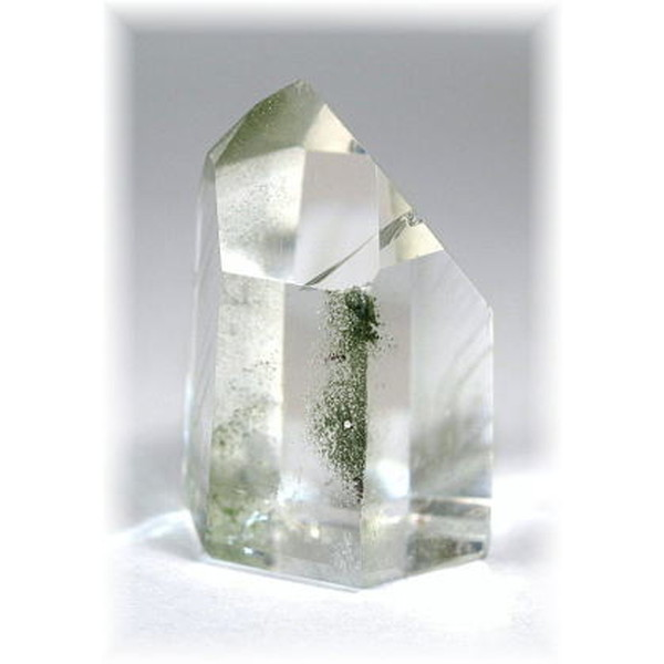ブラジル産ガーデン水晶ポイント