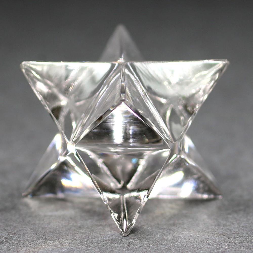 [ガネッシュヒマール産]ヒマラヤ水晶マルカバスター(高さ約22.1mm)