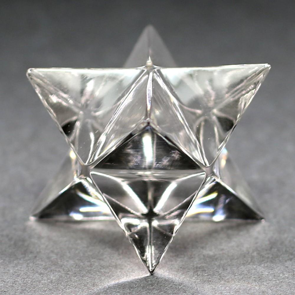[ガネッシュヒマール産]ヒマラヤ水晶マルカバスター(高さ約24.1mm)