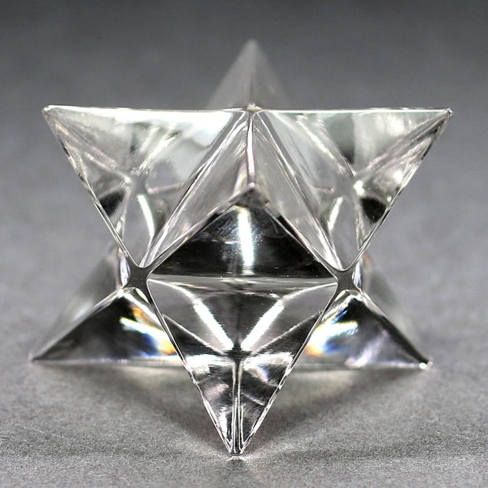 [ガネッシュヒマール産]ヒマラヤ水晶マルカバスター(高さ約26.3mm)