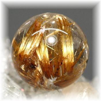 高品質ゴールドルチルクォーツ スフィア[17.5mm](GOLDRUTILE-SPHERE701IS)