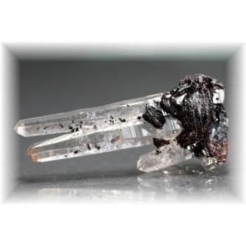 広東省産ヘマタイト&水晶ナチュラルポイント(HEMATITE-QUARTZNP106IS)