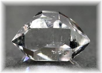 ニューヨーク・ハーキマー地区産ハーキマーダイヤモンド(HERKIMERDIAMOND-203IS)