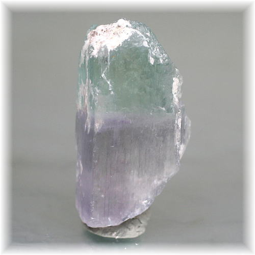 アフガニスタン産ヒデナイト結晶石(HIDDENITE-RAF104)