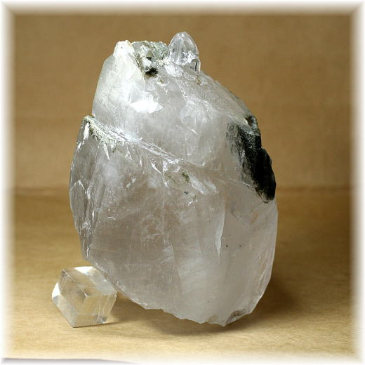ガネッシュヒマール産ヒマラヤ水晶 セルフフィールド(HIMALAYA-SELFHEALD1515)