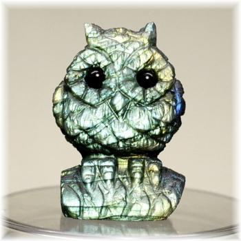 マダガスカル産ラブラドライト彫刻品/フクロウ(LABRADORITE-FUKUROU103IS)