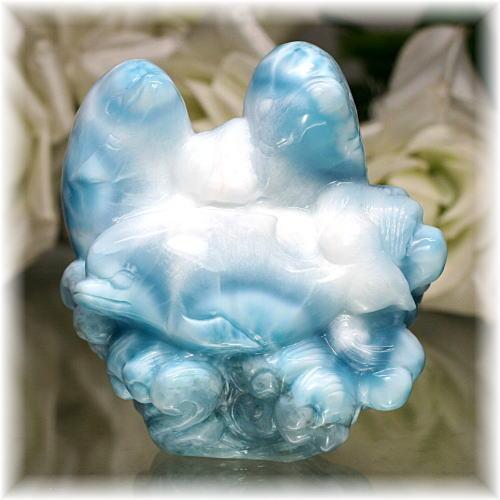 ドミニカ産ラリマー イルカ 彫刻品(LARIMAR-DOLPHIN706IS)