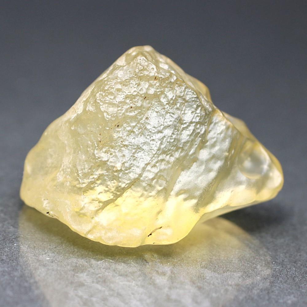 [高品質]天然リビアングラス原石(15.5g)