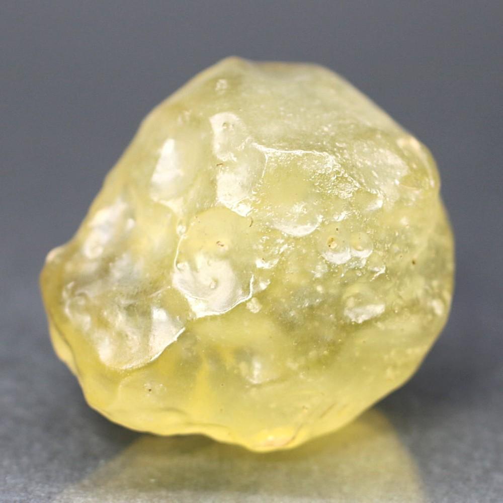 [高品質]天然リビアングラス原石(33.9g)