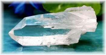 マカルー産ヒマラヤ水晶 ナチュラルポイント(MAKALUQUARTZ-303IS)