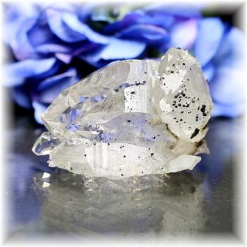 インド・マニハール産ヒマラヤ水晶クラスター<クォーツイン>(MANIHAAR-CL003IS)