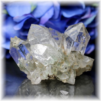 インド・マニハール産ヒマラヤ水晶クラスター(MANIHAAR-CL006IS)