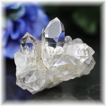 インド・マニハール産ヒマラヤ水晶クラスター(MANIHAAR-CL008IS)