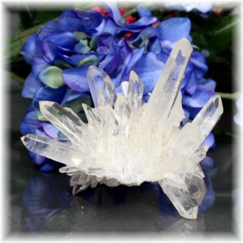 インド・マニハール産ヒマラヤ水晶クラスター(MANIHAAR-QUARTZ-CL106IS)