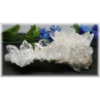 インド・マニハール産ヒマラヤ水晶クラスター(MANIHAAR-QUARTZ4680IS)
