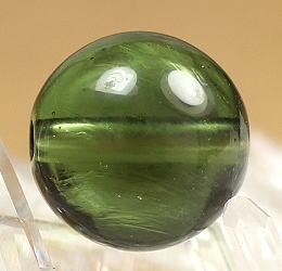 高品質天然モルダバイト 10.2ミリ玉 粒販売(MOLDA-10MM-IS06)