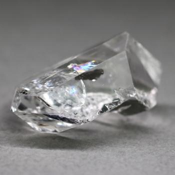 [パキスタン産]ダイヤモンドクォーツ(パキスタンハーキマー・レインボー入り)