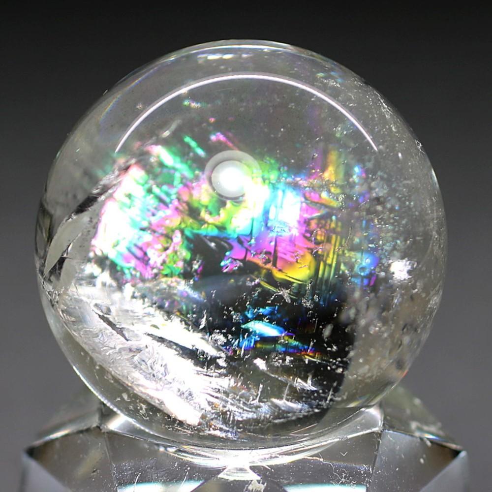 [高品質]レインボー水晶玉/アイリスクォーツスフィア(丸玉直径32.8mm)