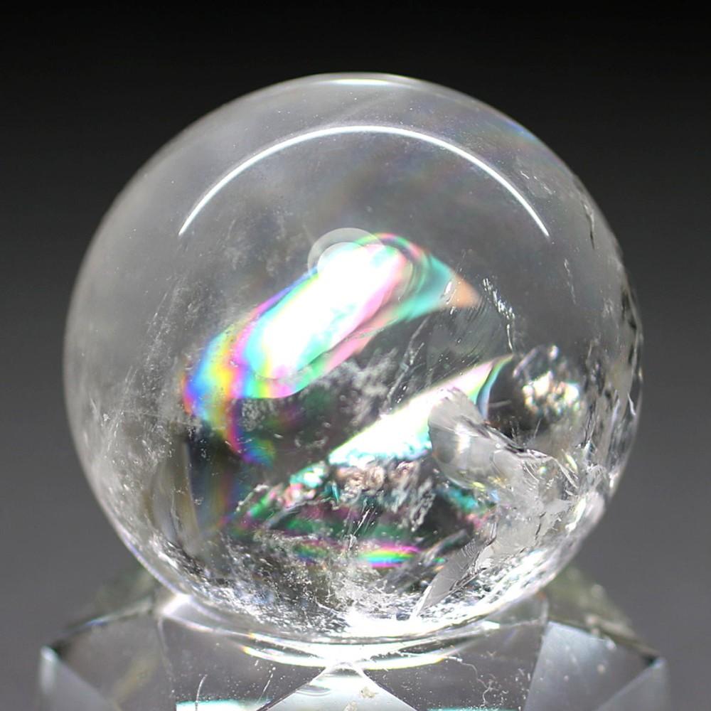 [高品質・ブラジル産]レインボー水晶丸玉/アイリスクォーツスフィア(直径約32.8mm)