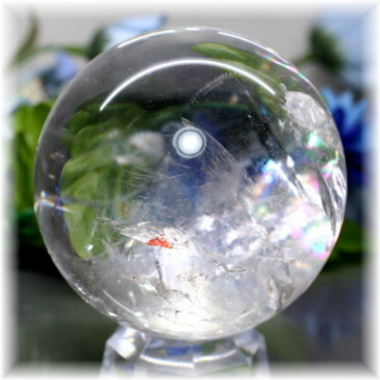 ブラジル産虹入り天然水晶丸玉(RAINBOWinQUARTZ-204)