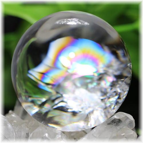 最高品質虹入り天然水晶丸玉(貫入) 台座付属(RAINBOWinQUARTZ-542mIS)