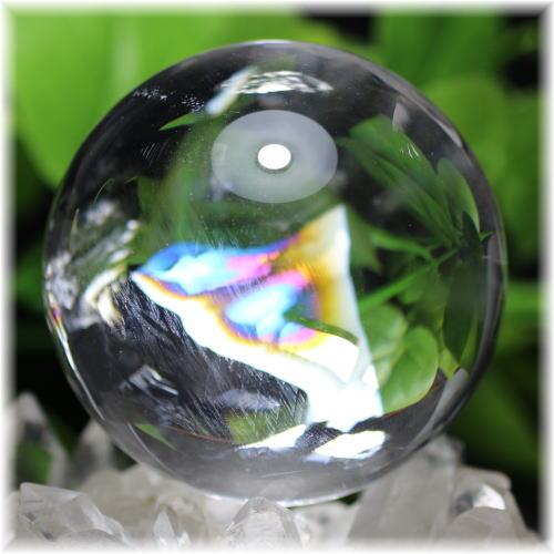 最高品質虹入り天然水晶丸玉 台座付属(RAINBOWinQUARTZ-620mIS)