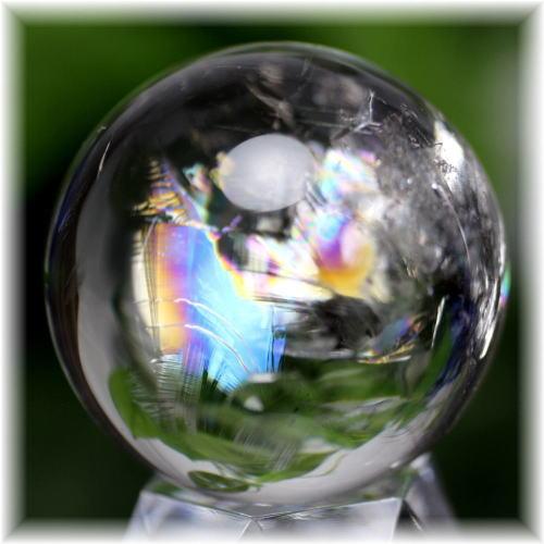 <center><b>PICK UP</b><br>虹入り<br>天然水晶<br>丸玉<br><b>¥8,000</b></center>