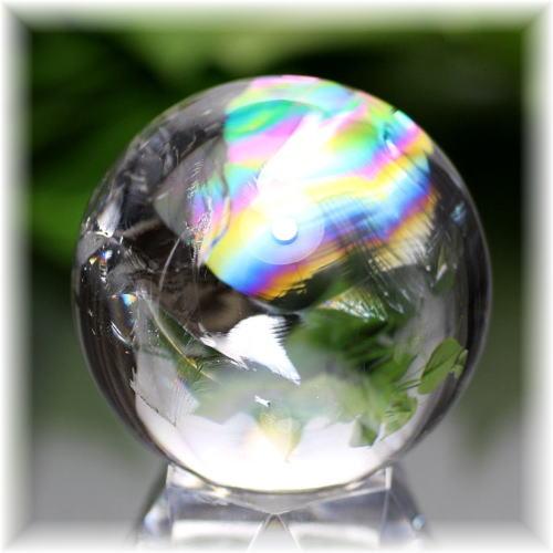 ブラジル産虹入り天然水晶丸玉(RAINBOWinQUARTZ-905IS)