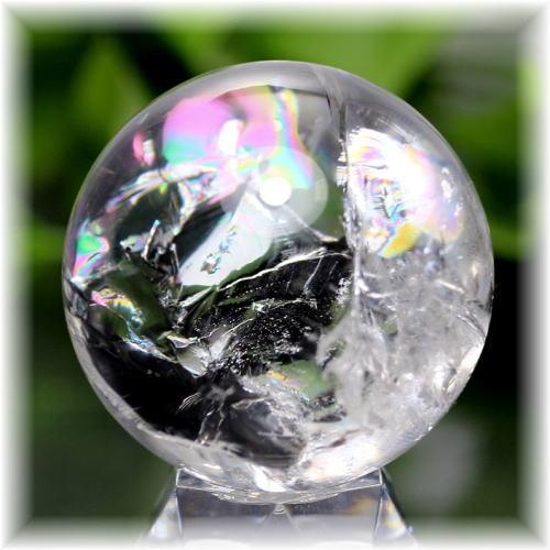 ブラジル産虹入り天然水晶丸玉(RAINBOWinQUARTZ-907IS)