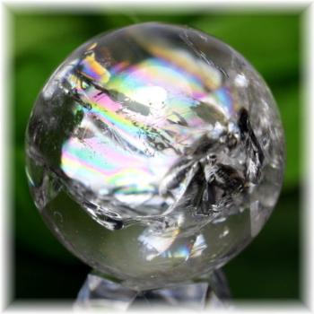 ブラジル産虹入り天然水晶丸玉(RAINBOWinQUARTZ-908IS)