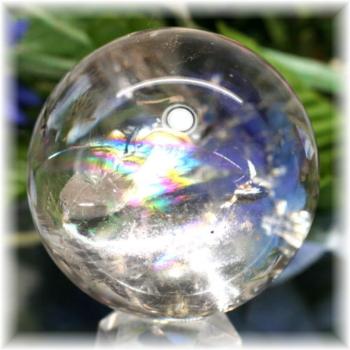 ブラジル産虹入り天然水晶丸玉/ライトスモーキー(RAINBOWinQUARTZ-RS201IS)