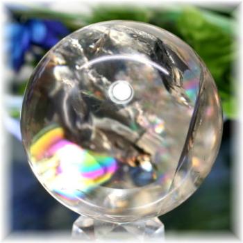 ブラジル産虹入り天然水晶丸玉/ライトスモーキー(RAINBOWinQUARTZ-RS203IS)