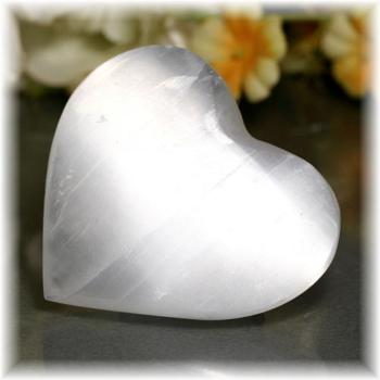 モロッコ産セレナイトハートシェイプ(SELENITE-HEART112)