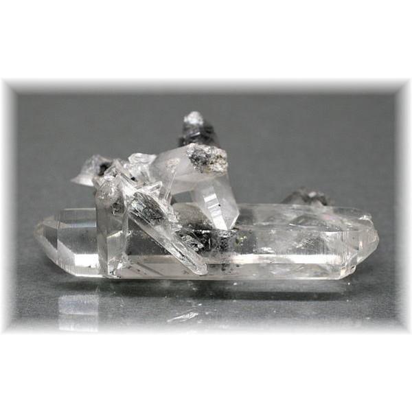 四川省産水晶(SHISEN-QUARTZ703)